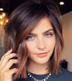 Top 10 Current Hair Color Trends for Women - Hair - Hair Designs Medium Length Hairstyles, Formal Hairstyles, Hairstyles 2018, Winter Hairstyles, Wedding Hairstyles, Hairdos, Hairstyles For Long Faces, Inverted Bob Hairstyles, Baddie Hairstyles