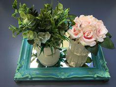 Bandeja espelhada azul artesanato trabalho manual flores decoração colorido espelho  Mais informações no Instagram: @coisi_nhas