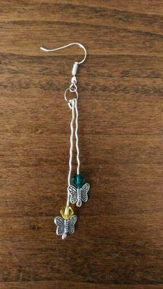 Orecchini a zig zag con farfalle #orecchini #farfalle #butterflies #handmade #verde #green #giallo #yellow #jewelry