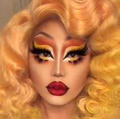 Kim Chi serving mug, per usual : rupaulsdragrace Drag Makeup, Makeup Art, Beauty Makeup, Eye Makeup, Hair Makeup, Drag Queen Make-up, Rupaul Drag Queen, Kimchi Drag Queen, Makeup Inspo