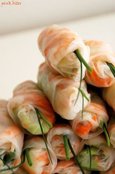 Vietnamese Salad Rolls - The fillings for these summer rolls can vary. Some restaurants serve a mix of pork and shrimp, some have it separately, some have tofu and some have only vegetables as a vegetarian option.