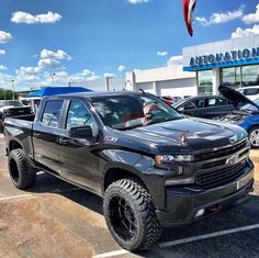 2019 Silverado Now it just needs some ADD 👌🏼🔥 Old Ford Trucks, Chevy Pickup Trucks, Gm Trucks, Chevy Pickups, Chevrolet Trucks, Diesel Trucks, Lifted Trucks, Lifted Ford, Z71 Truck