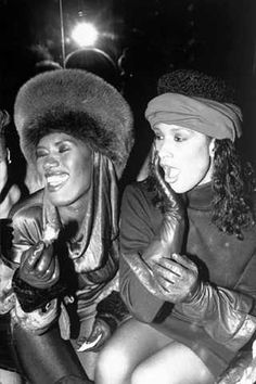 Nothing makes me feel more alive than extremes.Here's a picture of Grace Jones and Whitney Houston.Two legendary female singers who were at extreme opposite ends of the musical spectrum.Whitney looks shocked by something she's seen while having fun in Grace's company.I wonder what it was!!!