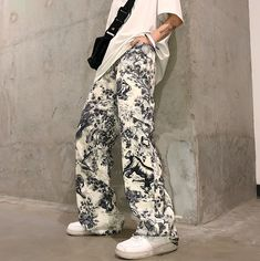 New Italy Pop Style White Slim Pants Letter Graffiti Men Jeans Trousers D8052TW