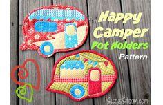 Free pattern: Happy Camper Pot Holders