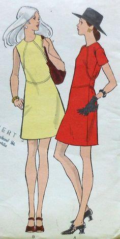 À manches courtes Vintage Vogue robe Couture patron UNCUT taille 12 et sans manches