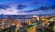 Quirky things to do in: Barcelona - Qwerty Travel Have you checked out our quirky things to do on a city break to Barcelona yet? From dining in the dark to sunbathing in the nude. What takes your fancy?  #travel #citybreak #holiday