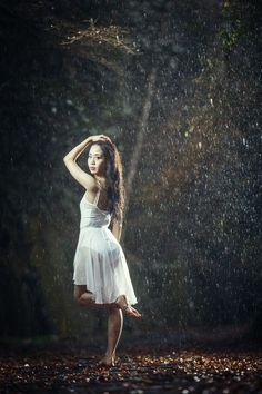 gorgeous backlit rainy photos and a tutorial on how to take them - DIY Photography Rainy Day Photography, Dance Photography Poses, Creative Portrait Photography, Photography In The Rain, Magical Photography, Inspiring Photography, Photography Tutorials, Beauty Photography, Fairy Photoshoot