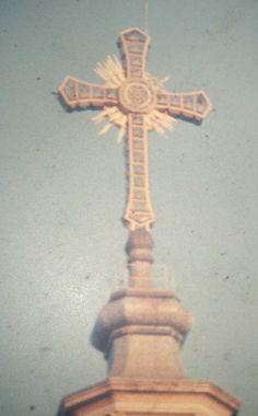 A cruz do Santuário Santa Isabel Rainha, Vila Santa Isabel (anos 60). Colaborou com a foto: Tammaro Luigi Giaccio
