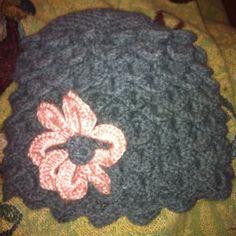 Crocodile stitch hat