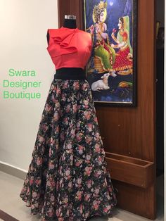 Stunning floral skirt and red color crop top.p Ready to ship Can be customised To order WhatsApp 9959021569 . Sari Blouse Designs, Lehenga Designs, Indian Designer Outfits, Designer Dresses, Designer Kurtis, Indian Crop Tops, Traditional Skirts, Crop Top Designs, Indian Gowns