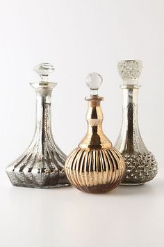 1920's WEDDING THEMED RECEPTION TABLESCAPES | Why not spray paint some old glass decanters gold to give them ...