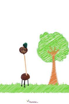 Das Beste am Kastanien-Basteln ist, dass man nie so richtig weiß, was am Ende herauskommt: Dieses Tier könnte eine Kastanien-Giraffe sein. Conkers, Yoshi, Baby, Arts And Crafts, Craft Ideas, Fictional Characters, Nature, Kids Discipline, Figurine