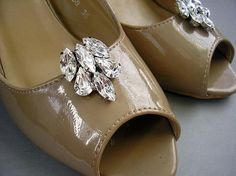 wedding jewelry Shoe Clips sparkle vintage stylebridal by Hinuma / can be used for Mom's shoes too