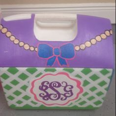 Love the pearls and bow!