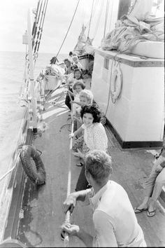 Yachting Party - vintage, retro