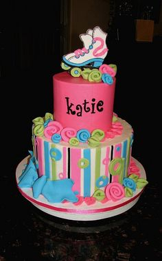Made this one for my friend's daughter, Katie. She had a roller skating party and needed pink. Roller Skating Party, Skate Party, Cupcakes, Cupcake Cakes, 9th Birthday Parties, 7th Birthday, Birthday Ideas, Birthday Cakes, Roller Skate Cake
