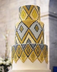 Adorable African Wedding Cake Ideas That You Will Love For Your Inspirations - How to plan an African Inspired Wedding on a Budget Many African American couples like the idea of incorporating their heritage into their wedding nup. Gorgeous Cakes, Pretty Cakes, Amazing Cakes, Cake Icing, Eat Cake, Cupcake Cakes, Cupcake Art, Buttercream Cake, Fondant Cakes