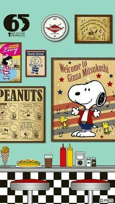Snoopy Cartoon Wall, Cartoon Tv, Cartoon Characters, Snoopy Cafe, Snoopy And Woodstock, Charlie Brown Cafe, Charlie Brown And Snoopy, Peanuts Cartoon, Peanuts Snoopy