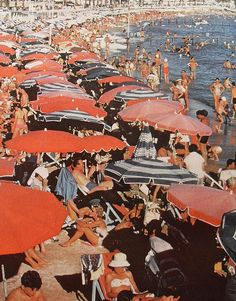 CANNES FRANCE BEACH vintage photo men women shirtless swimsuits swim trunks Umbrellas by Christian Montone Beach Aesthetic, Retro Aesthetic, Summer Aesthetic, Italia Vintage, Cannes France, Foto Art, New Wall, Belle Photo, Aesthetic Pictures