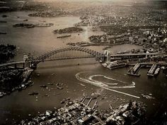 Sydney Harbour Bridge 80th Anniversary | Harbour Bridge's 80th Anniversary | Photo Galleries and News Photos | News Pictures and Photos | Herald Sun