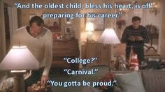 A look back at Clark Griswold's house in National Lampoon's Christmas Vacation movie. Christmas Vacation Meme, Griswold Christmas Vacation, Christmas Movies, Christmas Meme, Best Family Vacation Spots, Vacation Movie, Vacation Humor, National Lampoon Movies, National Lampoons