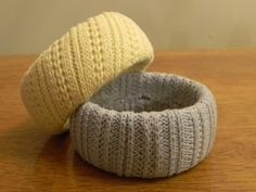 Sweater cuffs: | 30 Easy And Cuddly DIY Ideas For Recycling Old Sweaters