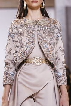 Elie Saab at Couture Spring 2017 Couture Details, Fashion Details, Look Fashion, Fashion Show, Fashion Design, Couture Fashion, Hijab Fashion, Runway Fashion, Fashion Dresses