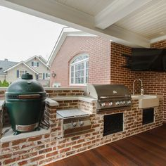 Outdoor Kitchen With Green Egg Grill Design Ideas, Pictures, Remodel and Decor
