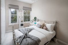 Charming 1 bed apartment in vibrant Kentish Town Furniture, Perfect Place, Room, Holiday Home, Home, Apartment, Bed, Rental Apartments, Airbnb Host