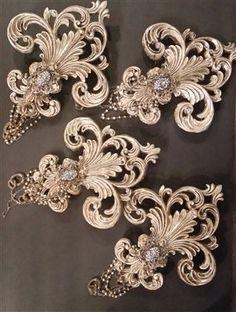 Michelle Butler Designs Fleur De Lis Drapery Tie Backs - Crown Jewel Boutique Drapery Tie Backs, Curtain Ties, Muebles Shabby Chic, World Decor, Design Fields, Mediterranean Home Decor, Tuscan Decorating, Idee Diy, Altered Bottles