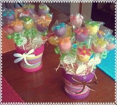 Spring Flower Cake pops - Click image to find more Food & Drink Pinterest pins