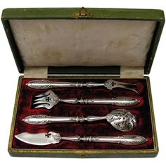 Antique Sterling Silver Hors D'ouvre/Foie Gras Set w Fitted Box  France  circa 1800's  This is a very fine antique hors d'ouvre set in sterling silver with french hallmarks.