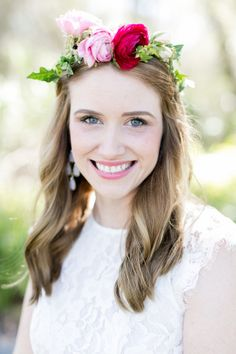 I am currently in the throes of planning my little sister's Bridal Shower and this is exactly how I envision the day. It's an intimate garden party with her nearest and dearest gal pals and loved ones, eating great food