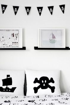 Love the silhouette pillows...would be easy to make!