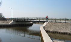 hosper landscapearchitecture -park of luna -Middenweg'-bridge « Landscape Architecture Works | Landezine Landscape Architecture Works | Land...