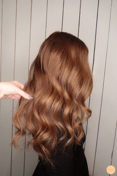 Pin by Kayla Gilligan on Beauty in 2020 Light Auburn Hair, Light Brown Hair, Natural Red Hair, Aveda Hair, Hair Color And Cut, Brunette Hair, Balayage Hair, Gorgeous Hair, Beautiful