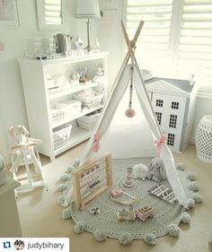 Another beautiful shot of this nursery. I love this colour scheme - so soft and pretty!