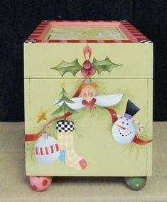 ssr-christmas-box-1-sm.jpg