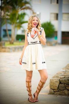 Taciele Alcolea Lollapalooza, Mini Vestidos, Forever 21, Dani, Gladiator Sandals, Youtubers, Ideias Fashion, Curves, Mini Skirts