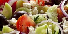 Greek Salad Delicious, healthy and beautiful on your plate. This colorful Greek salad is sure to please. Heart Healthy Recipes, Gourmet Recipes, Cooking Recipes, Healthy Liver, Healthy Eating, Greek Feta Salad, Liver Recipes, Health Recipes, Unique Recipes