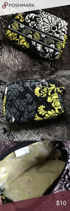 Medium Baroque Cosmetic Bag Great condition!! Plastic lined medium sizes cosmetic bag. Great for travel or everyday. Easy to clean. Vera Bradley Bags Cosmetic Bags & Cases