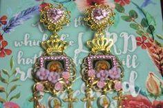 2516 Virgin Mary Cameo Purple Flower Studs Earrings