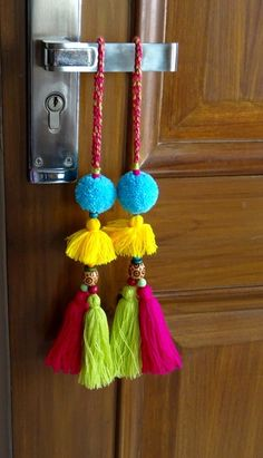 Christmas hangings Blue and Rainbow Pompom and tassel harms Homemade Wall Decorations, Diwali Decorations At Home, Housewarming Decorations, Room Decorations, Dorm Room Crafts, Diy Home Crafts, Diy Arts And Crafts, Diy Home Decor, Pom Pom Crafts