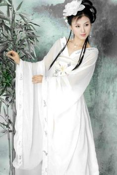 Beautiful Ancient Chinese Dress,see more at www.theinnest.com