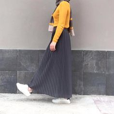 New fashion hijab style casual Ideas Islamic Fashion, Muslim Fashion, Modest Fashion, Hijab Fashion, Fashion Outfits, Fashion Muslimah, Fashion Fashion, Casual Hijab Outfit, Hijab Chic