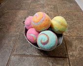 Ovella Wool Dryer Balls: The Doces Brillante Collection- Set of Nine (9), colorful, orange, rainbow, custom, unique, bright, reusable, green - pinned by pin4etsy.com