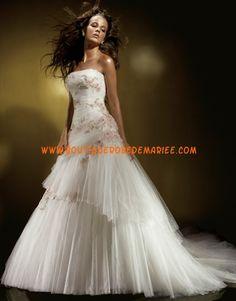 Robe de mariée bustier tulle broderie
