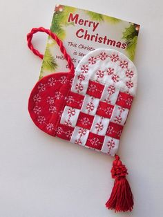 Have you been looking for Christmas sewing projects and free patterns? This post has got it all. Browse through the best Christmas sewing project ideas here Quilted Ornaments, Xmas Ornaments, Folded Fabric Ornaments, Christmas Projects, Holiday Crafts, Christmas Crafts Sewing, Christmas Crafts For Gifts For Adults, Small Christmas Gifts, Christmas Items