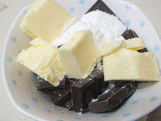 A comer y a callar: COBERTURA DE CHOCOLATE PARA DONETES, PALMERAS, PASTAS